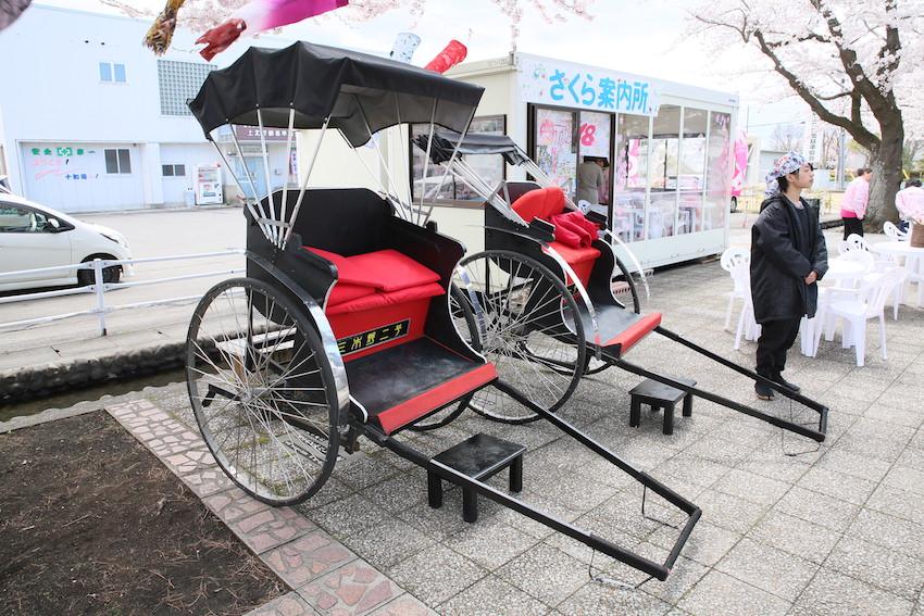 十和田春まつりの人力車